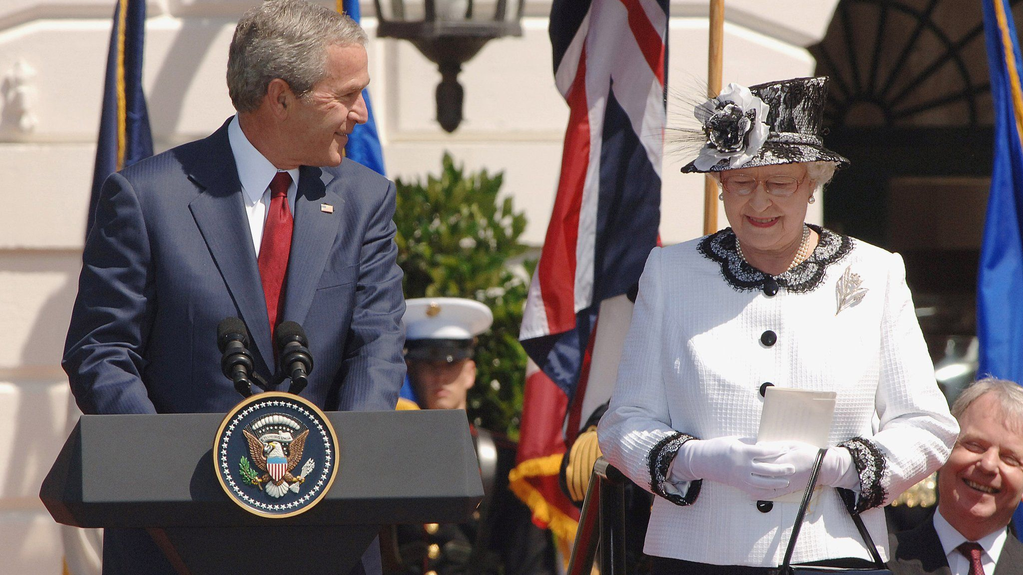 President George W Bush and the Queen at the White House in 2007