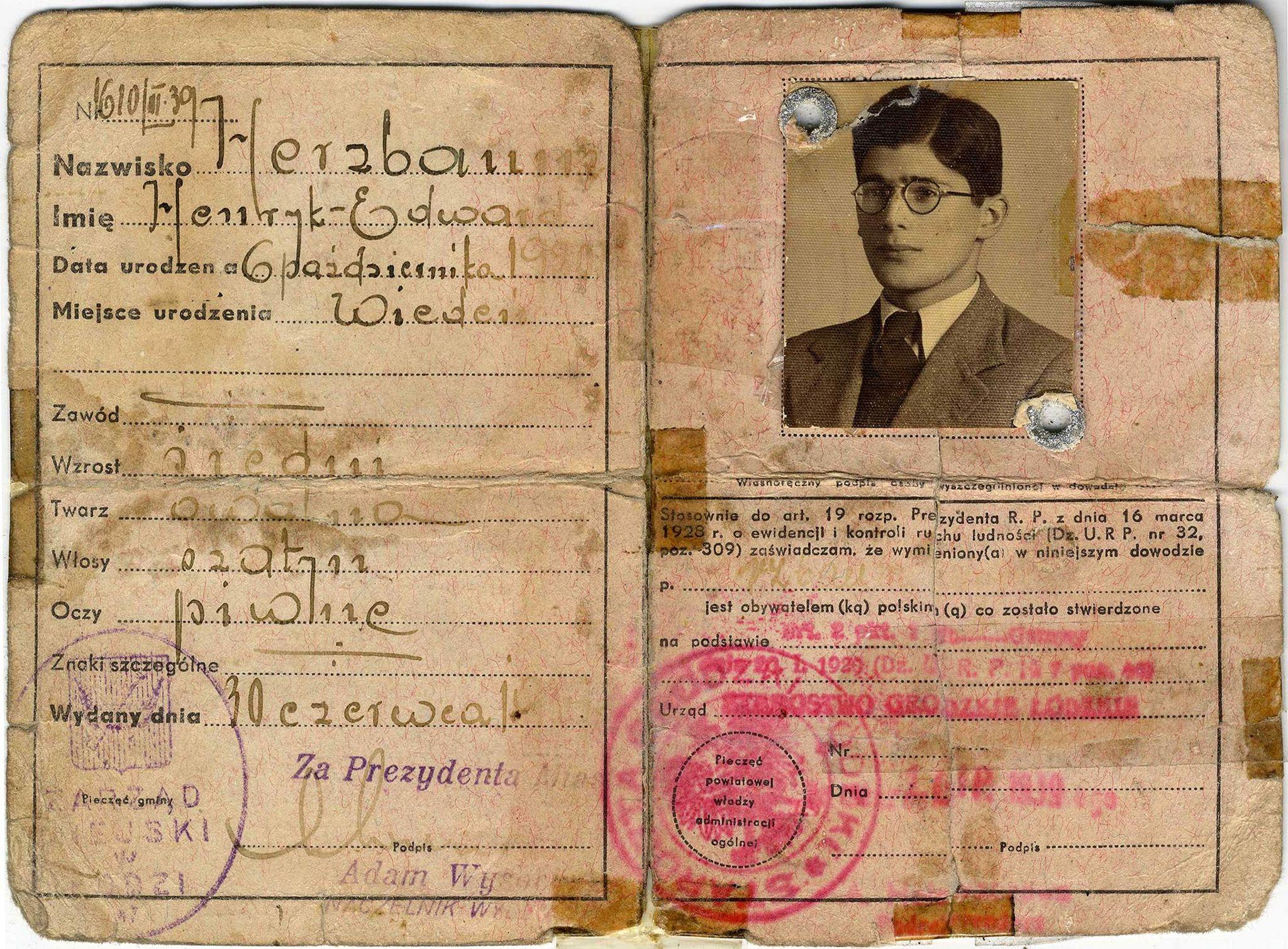 Edward Herzbaum/Hartry's wartime identity documents