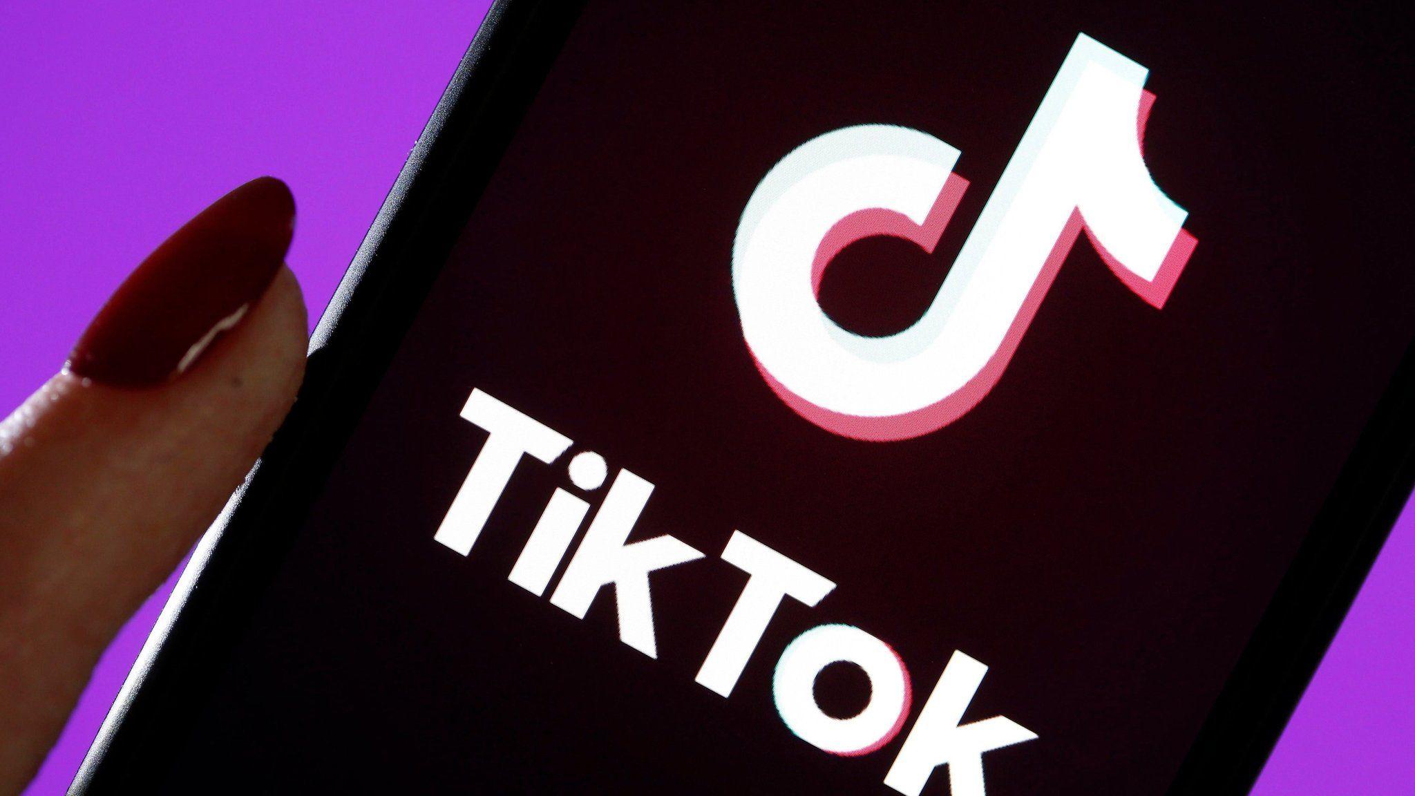 Tiktok Makes Moves Into Education Market Bbc News
