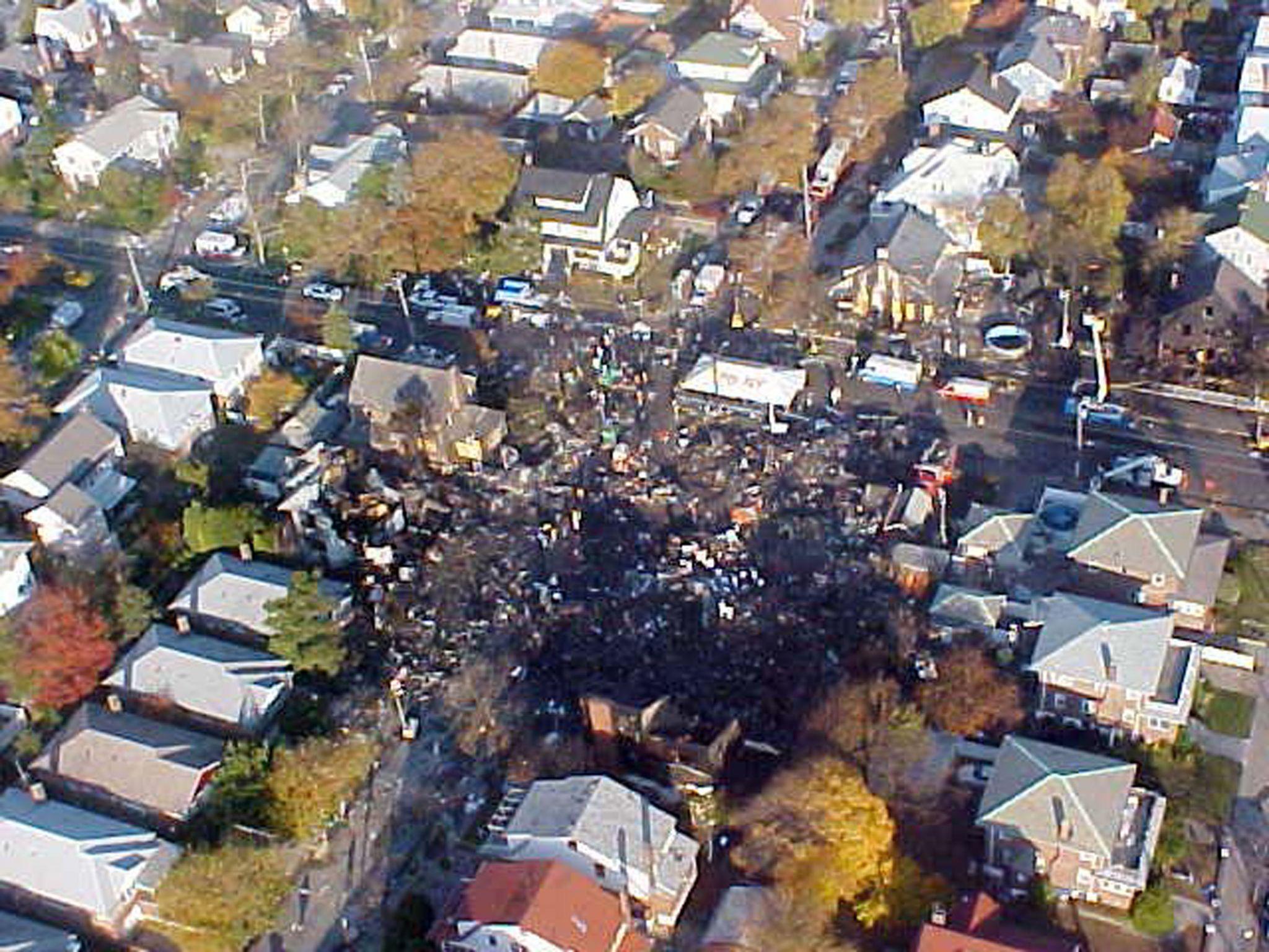 Crash debris in Queen, New York (16 November 2001)