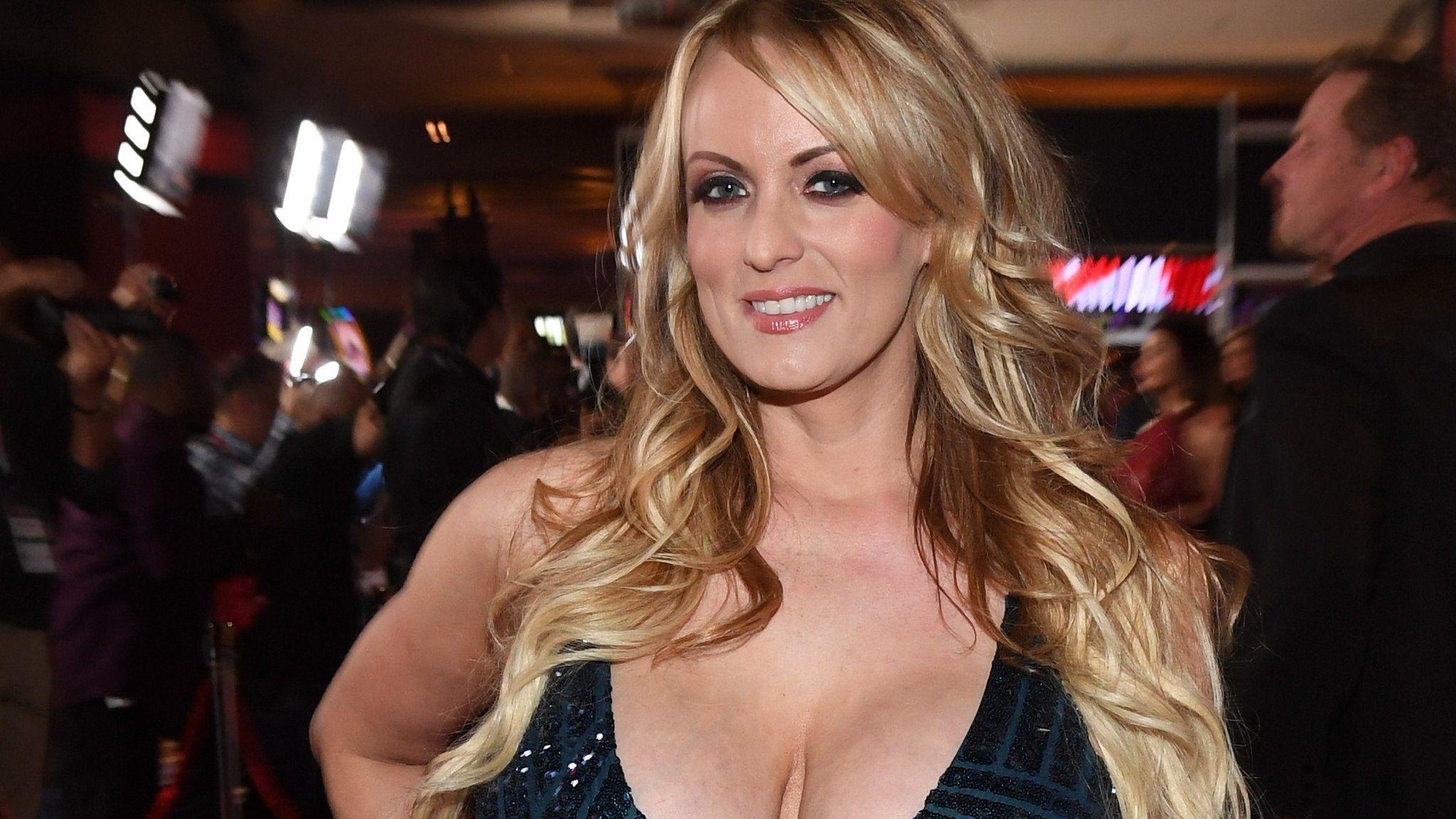 Actriz Porno Estadounidense Se Retira retiran cargos contra stormy daniels, la actriz porno que