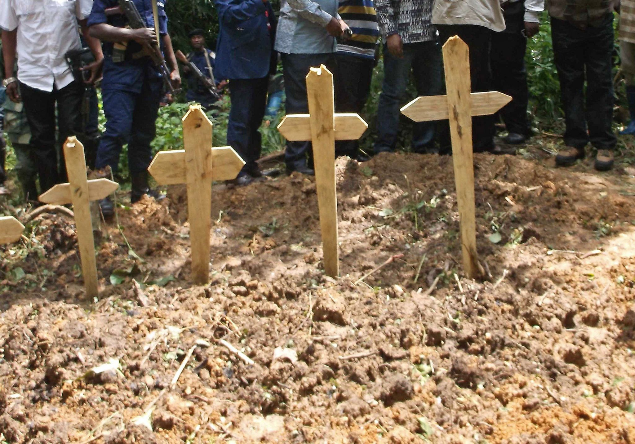 Burial for victims of suspected rebel attack in eastern DR Congo, Apri 2015