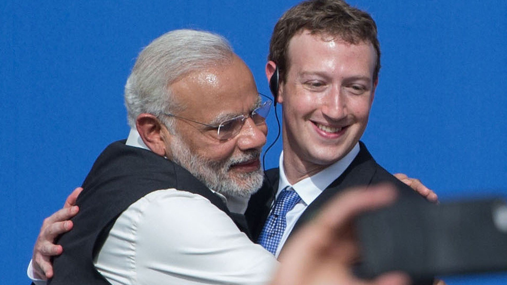 Narendra Modi hugs Facebook CEO Mark Zuckerberg