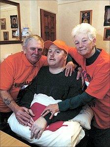 Ray and Margaret Thomas with their son Leighton
