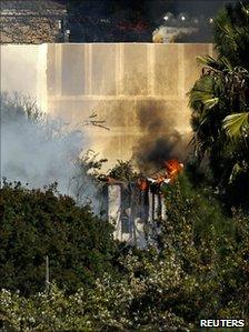 The house in Escondido on fire