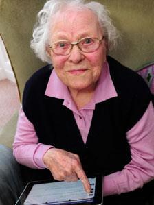 Lillian Lowe, 103