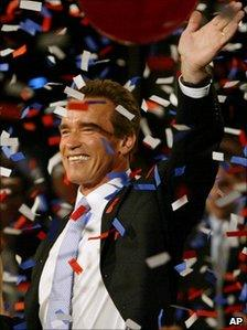 Arnold Schwarzenegger celebrating his victory in the California gubernatorial recall election