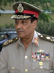 """A picture taken on September 28, 2000 shows Egyptian Defence Minister Mohammed Hussein Tantawi attending a ceremony marking the 30th anniversary of former president Gamal Abdel Nasser""""s death in Cairo."""