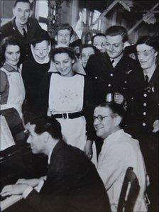 Group of aircrew and Archibald McIndoe