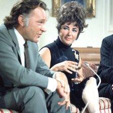 Richard Burton ac Elizabeth Taylor