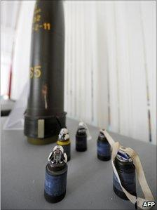 A cluster bomb and its bomblets at a decommissioning facility near Luebben (2009)