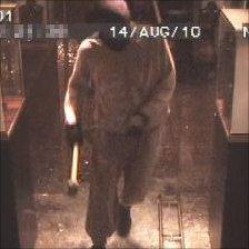 Robber with hammer