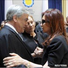 Chilean president Sebastian Pinera consoling Cristina Fernandez, Buenos Aires