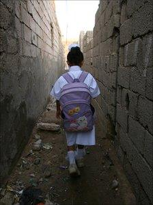 Yemeni girl going to school