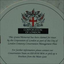 Sign on a reclaimed grave, City of London cemetery