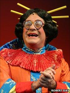 Kenneth Alan Taylor stars as Widow Twankey in Aladdin at the Nottingham Playhouse in 2003