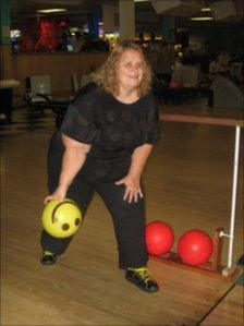 Natalie Shaw blind tenpin bowler