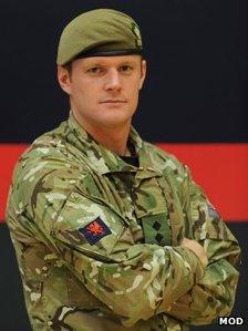Y Capten Stephen James Healey