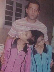 Saba and Farah Shakeel with Bollywood actor Salman Khan