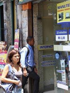 Brazil internet cafe