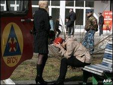 Anxious relatives outside the Raspadskaya mine. File photo