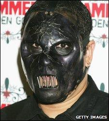 Paul Gray of Slipknot, 2005
