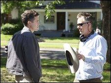 Michael Winterbottom (r) with Casey Affleck