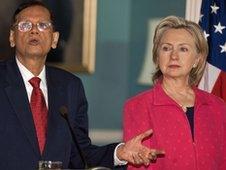 Sri Lankan Foreign Minister GL Peiris and Hillary Clinton, 28 May