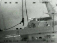 Israeli commando rapelling onto aid ship