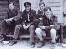 Jack Harrison (right) with other prisoners at Stalag Luft III
