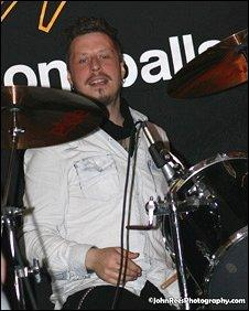 Stuart Cable at his 40th birthday party. Photo: JohnReesPhotography.com