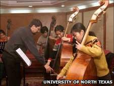 Jeffrey Bradetich teaches bass students