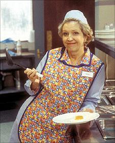 Anne Reid in Dinnerladies