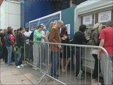 Castlefield Arena queues