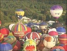 Mass balloon ascent