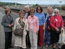 Evacuees return to Cornwall