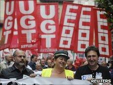Spanish strikers, 8 June 2010