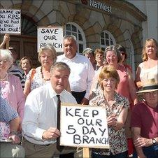 Protest at Llanfair Caereinion NatWest