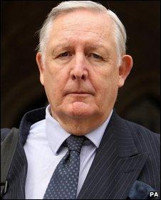 Ian Norris