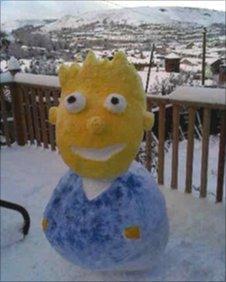 Bart Simpson snowman