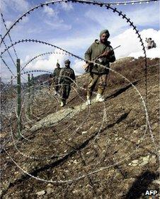 Indian soldiers on the Line of Control that divides Indian and Pakistani-administered Kashmir (file picture)