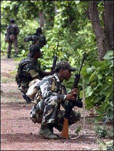 Troops hunting for Maoist rebels