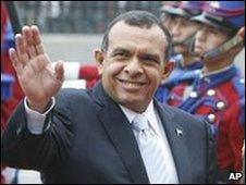 Honduran President Porfirio Lobo on a visit to Peru on 26 May
