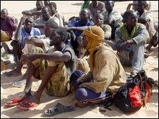 A group of captured migrants discovered walking for four days in the Sahara desert on a clandestine journey from Niger into Libya (Archive 2009)