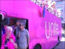 A Unite bus