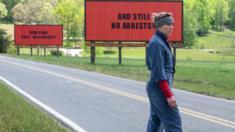 """Escena de la película """"Tres anuncios por un crimen"""""""