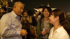 Ông Su nói, ông từng bầu cho cả Quốc dân Đảng và Dân Tiến Đảng, nhưng ông luôn lựa chọn người ông nghĩ là có thể đem lại lợi ích cho Đài Loan