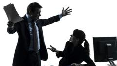 Спорящие мужчина и женщина