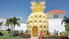 1_spongebob-squarepants-villa.