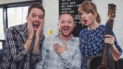 Taylor Swift surprises fans
